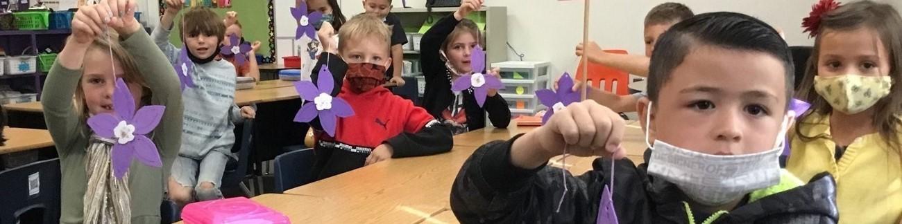 MCSD Elementary students create flowers